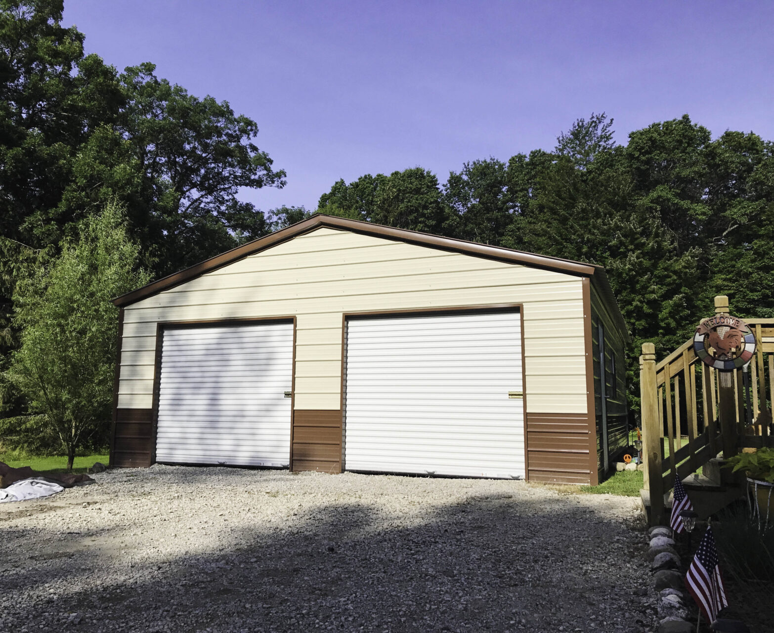 Steel Garage in Saginaw, Michigan
