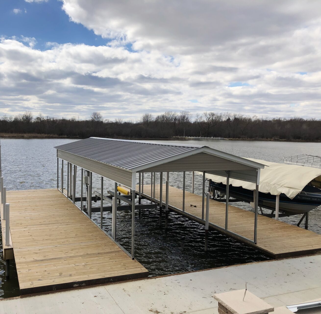 14x30x8 Boat Metal Carport