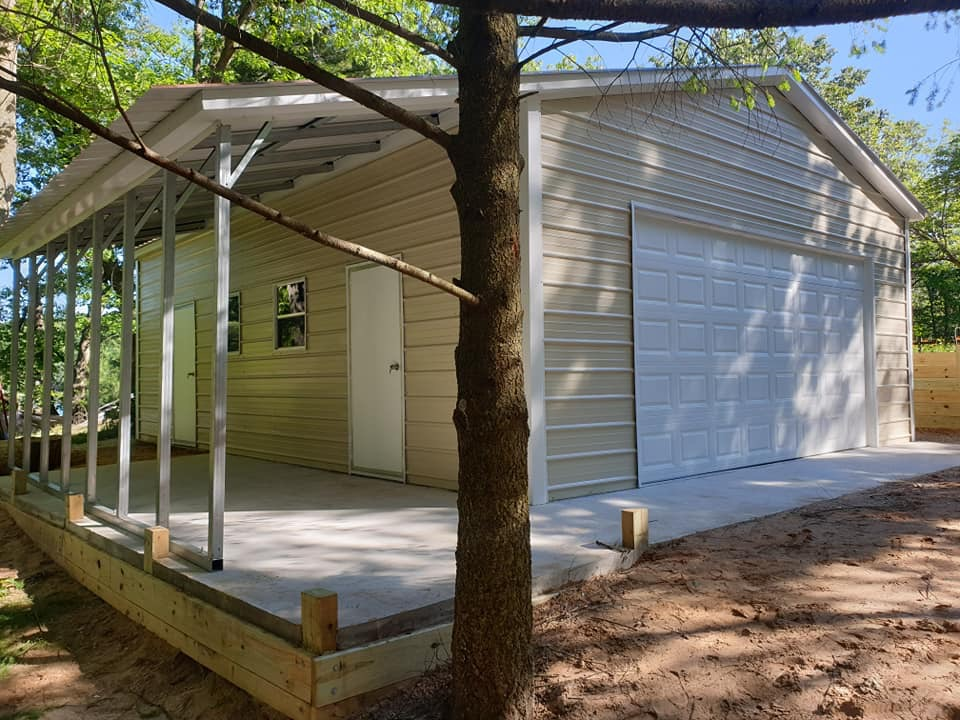 24x32x10 Steel Garage with Lean-to in Dodgeville, WI