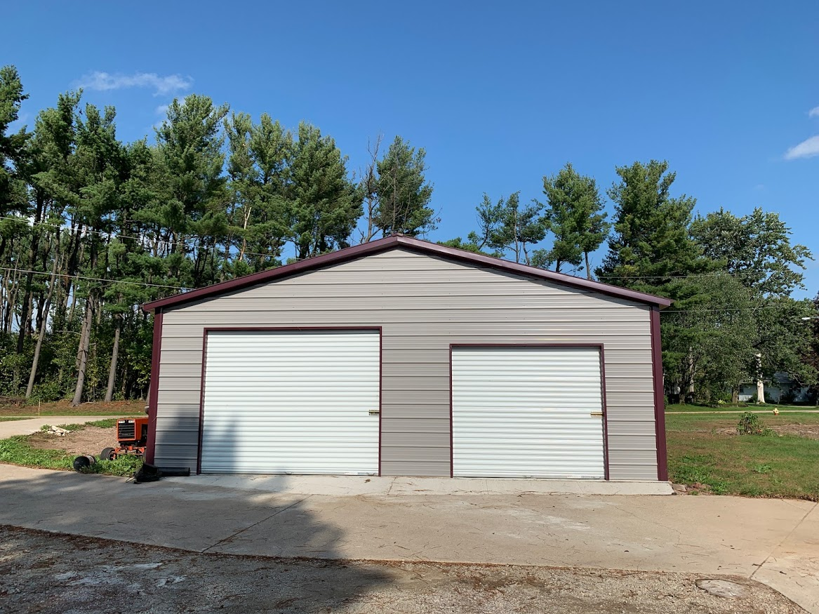 30x40x9 Steel Garage in Green Bay, WI