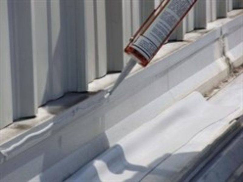 Concrete-Sealant-for-water-seepage-in-metal-building