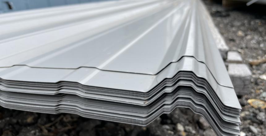 steel-sheeting-ridges